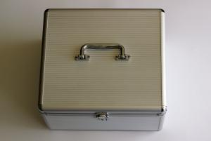 cd-box-1428586-m.jpg