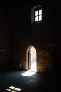 door-in-the-shadow-1443400-m.jpg