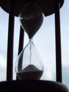 hourglass-7-708473-m.jpg