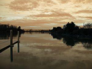 odd-sunrise-669835-m.jpg